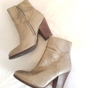 Matisse Keegan Metallic Pewter leather booties